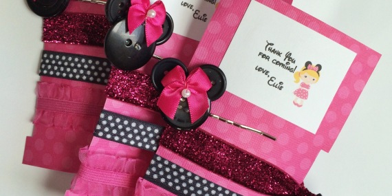 Minnie's Bowtique Party Favors